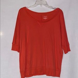 3 quarters sleeved top